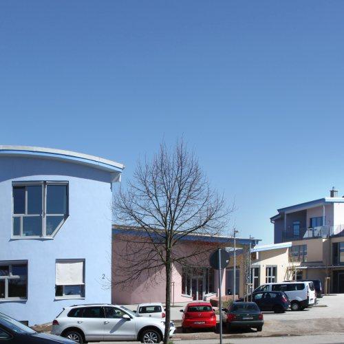 Maler Bielefeld, Farbkonzepte für Fassaden: Neubau des Parzivalzentrums in Karlsruhe, entworfen von Stenner und Keitel