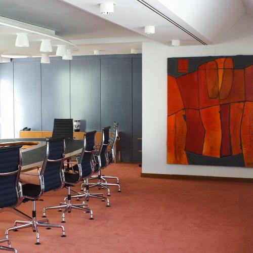 Maler Bielefeld, Raumgestaltung: Gestaltung eines Besprechungsraumes und ein Gemälde in der Sparkasse Bad Pyrmont durch Stenner und Keitel