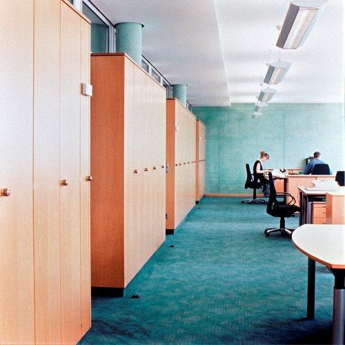 Maler Bielefeld, Raumgestaltung: Farbkonzept Büroraum in der Sparkasse Herford, Stenner und Keitel