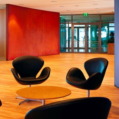 Maler Bielefeld, Raumgestaltung: Gestaltung des Öffentlichkeitsbereiches in der 5. Etage in der Sparkasse Minden, Stenner und Keitel